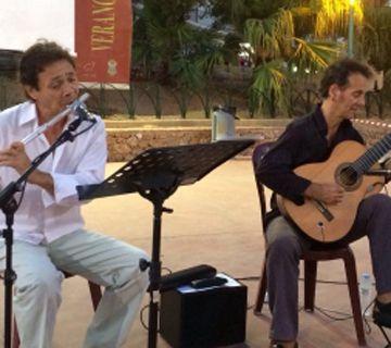 Actuación del Dúo Ramírez en Los Cangrejos
