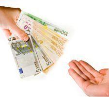 denuncia-banco-deuda-pagada-politica
