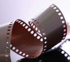 denuncia-algunos-no-pagan-cine-nerja