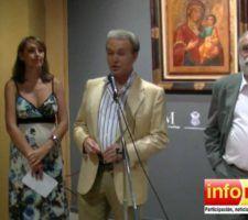 Pastora-Soler-Turista-de-Honor-de-Nerja-inaugurando-exposicin-de-iconos-en-el-Museo-de-Nerja