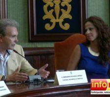 Pastora-Soler-recibe-su-nombramiento-como-Turista-de-Honor-de-Nerja