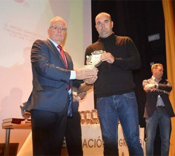 El nerjeño Sergio Bautista galardonado por el Comité de Entrenadores