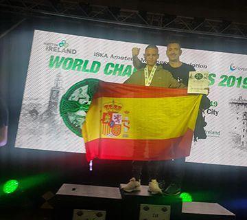 El joven Ziad Ikou campeón mundial de Kick Boxing